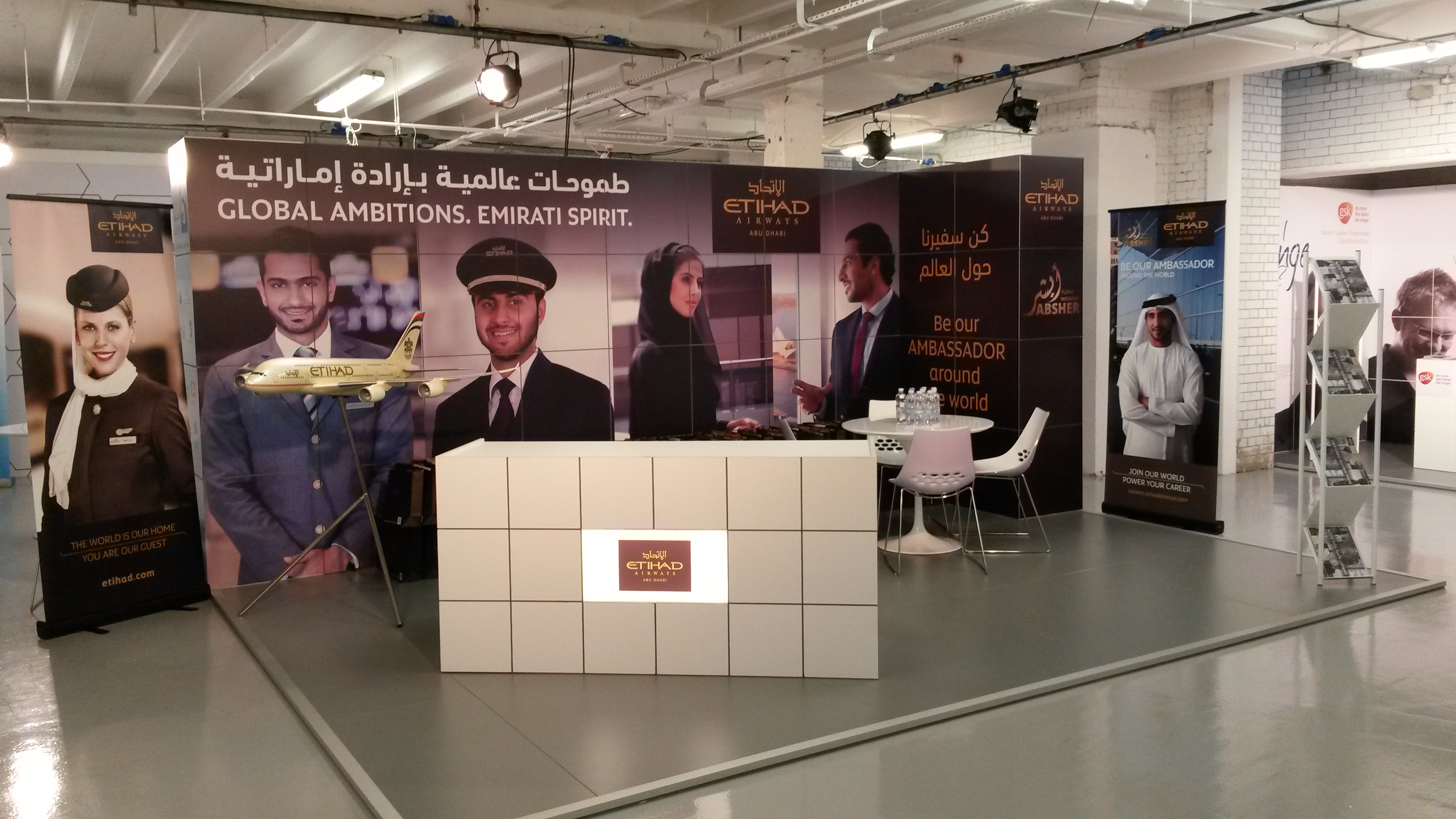 Exhibition Stand Sales Jobs : Exhibition stands uae uk pioneers forum r s sets ltd